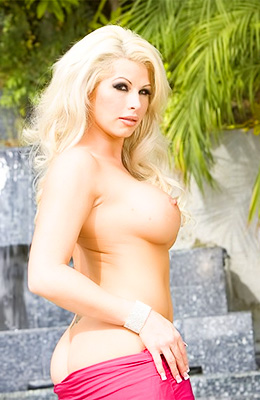 Voluptuous blonde beauty, Brooke Haven took off her pink...