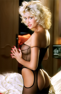 Stunning blonde hottie Donna Smith is always in the mood to...