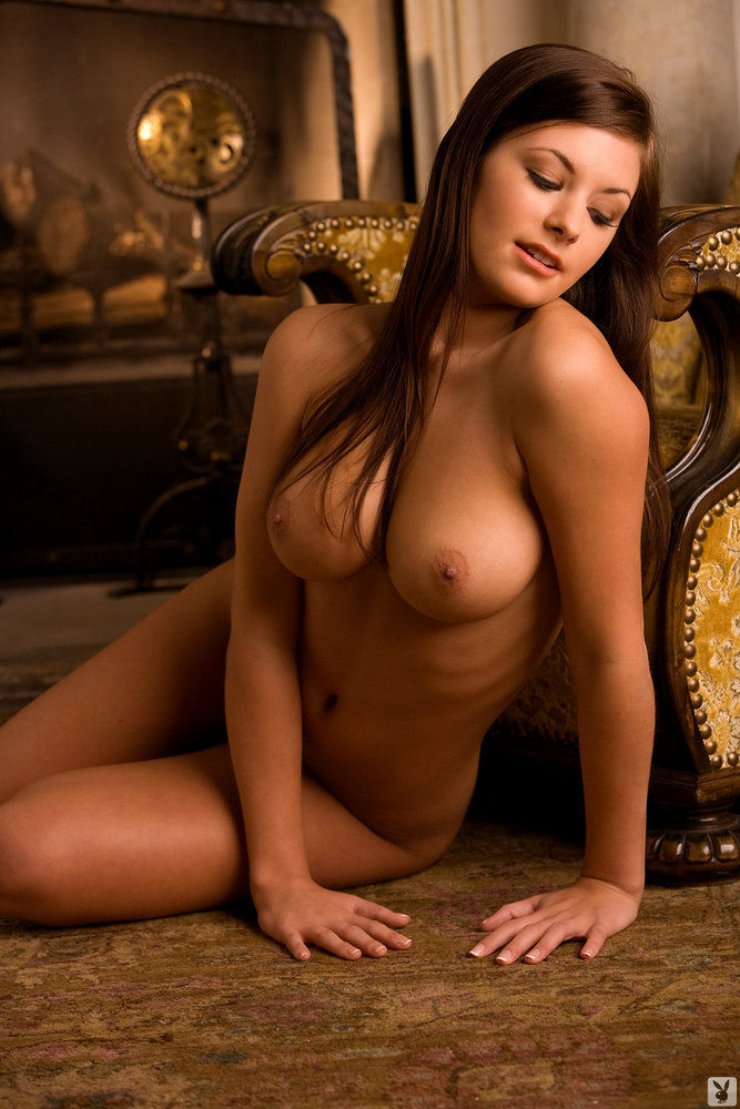 Famous female celebrity nude