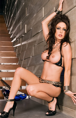 Rock babe Jessica Jaymes is ready to show off her guitar...