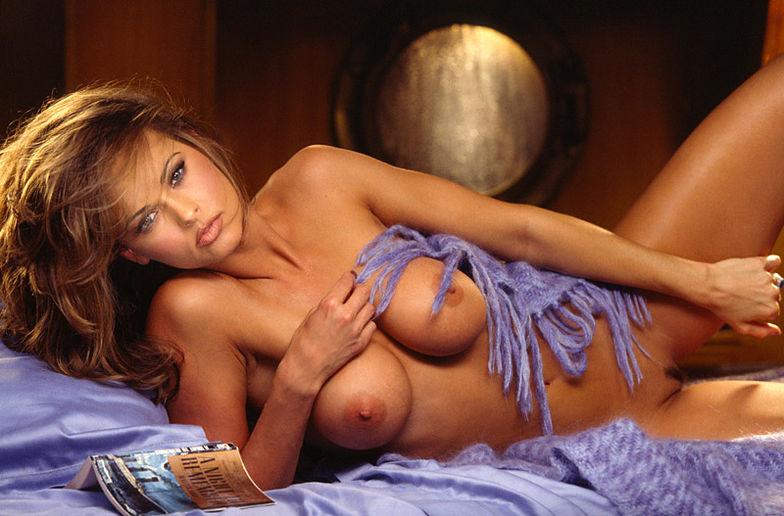 Karen McDougal - Gorgeous brunette hottie Karen McDougal ...
