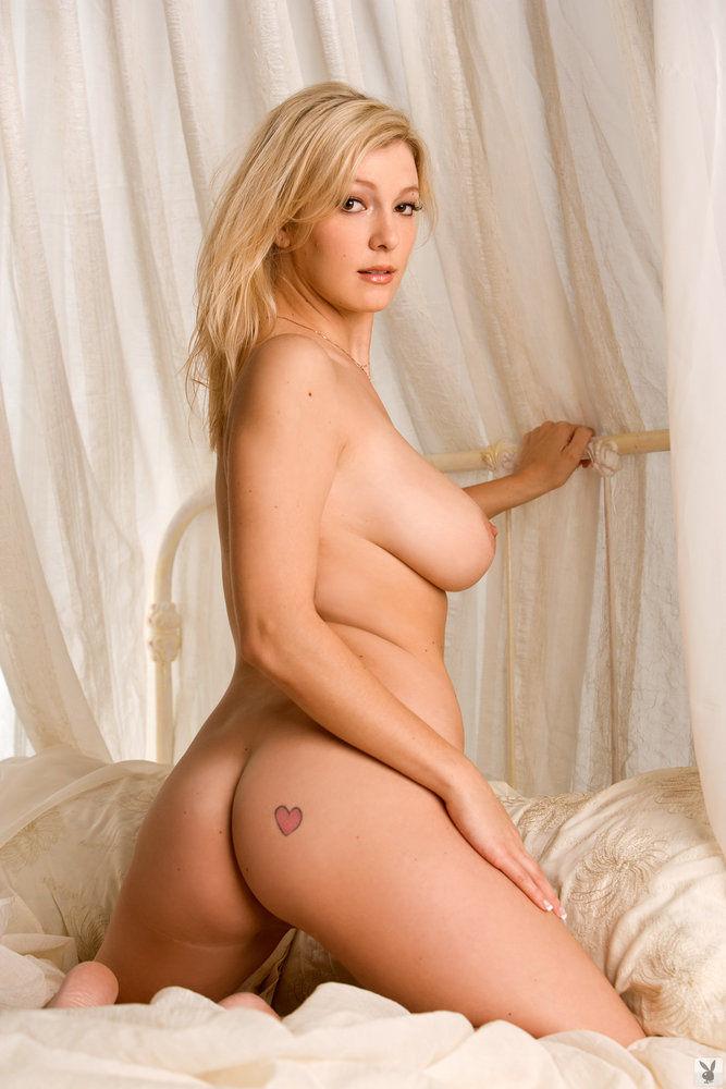 Playboy modelo kendra desnuda