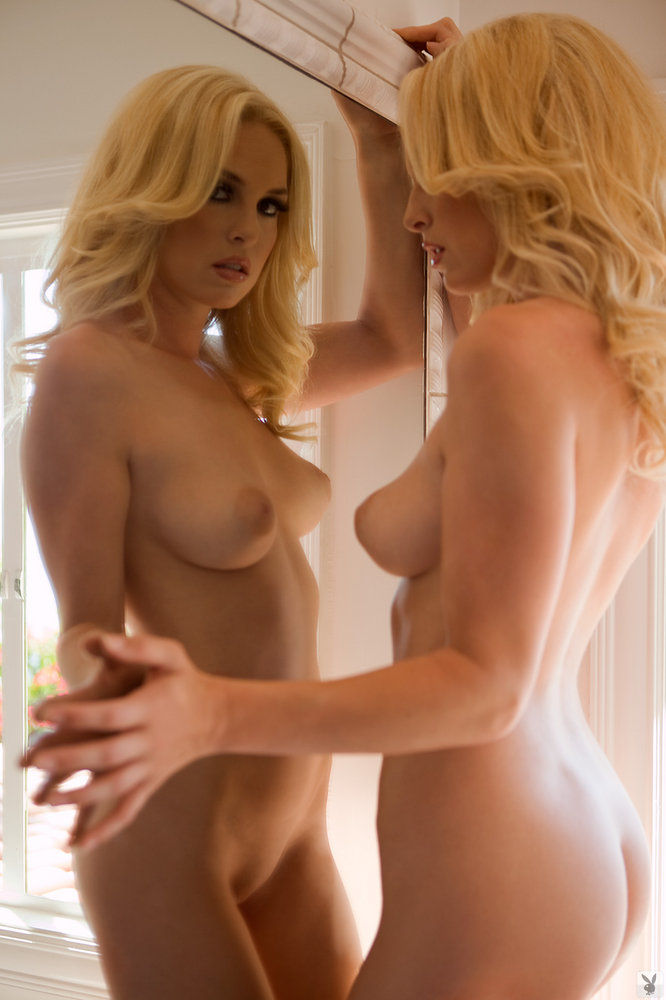 Michelle McLaughlin - Gorgeous blonde woman in erotic ...