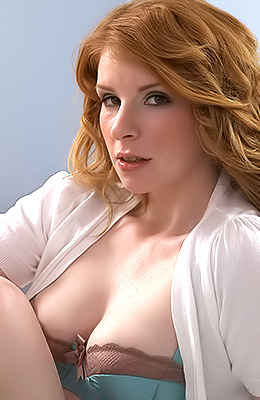 Gorgeous ginger woman, Nicole Hart had a blast once she...
