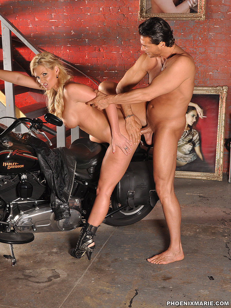 milf anal sex on motorcycle