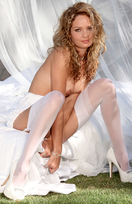 White is definitely Prinzzess Felicity Jade's color and that...