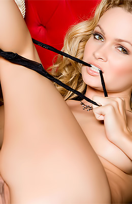 Prinzzess enjoys kissing with handsome guys. That is making...