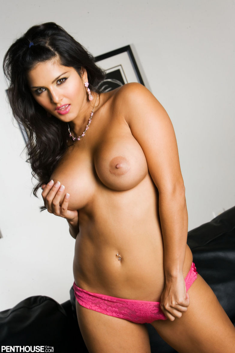 sunny leone - sunny leone is a busty brunette angel of seduction and
