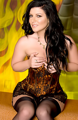 Taryn Thomas has a lot to offer to her fans who are watching...