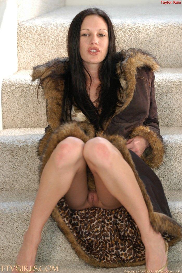 Shannon elizabeth nude sex scene
