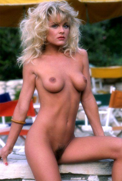 Naked hot body titanic