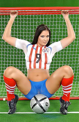 Veronica da Souza loves soccer and hansome players, that is...