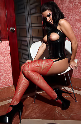 Do you know who love to wear red stockings and high heels...