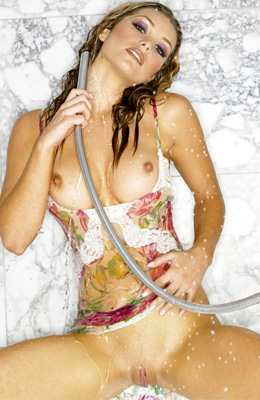 Heather Vandeven is using cold water to make her nipples...
