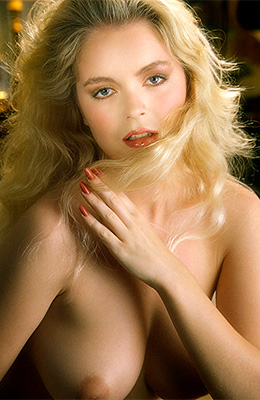 Helle Michaelsen is a beautiful blonde babe with extremely...