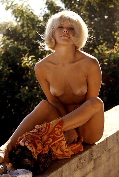 Women caught stairing at naked men